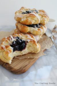 Blueberry-Lemon-Coffe-Cake-Rings-1-Final-683x1024