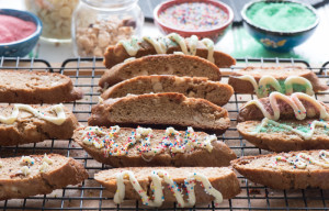 Gingerbread White Chocolate Biscotti - The Recipe Wench
